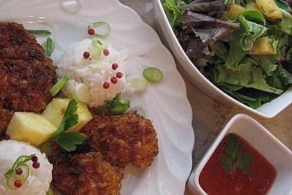 Huhn - Crunchies mit Basmati - Reis und Chinakohl - Ananassalat