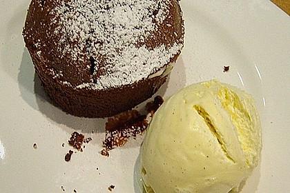 Schokoladenküchlein mit geschmolzenem Kern 11