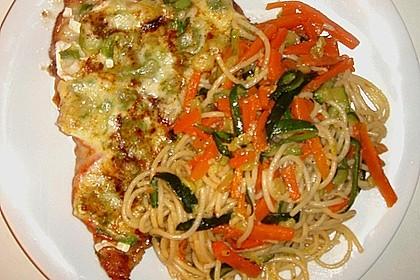 Überbackene Putenschnitzel mit Gemüsespaghetti 1