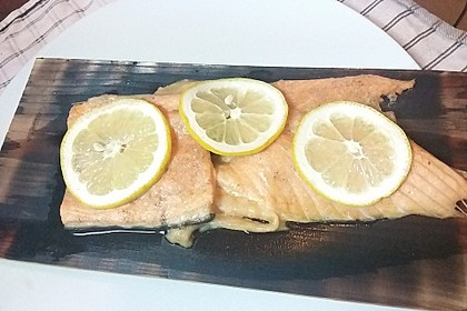 Plank-grilled Lachs 12