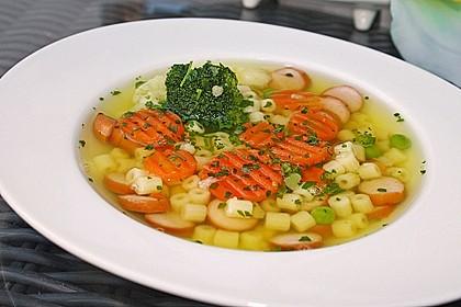 Einfache Gemüse - Nudel - Suppe 1