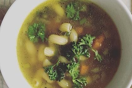 Einfache Gemüse - Nudel - Suppe 9