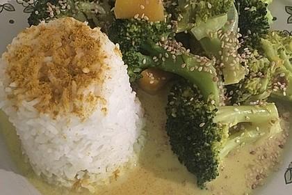 Reispfanne mit Mango und Brokkoli 2