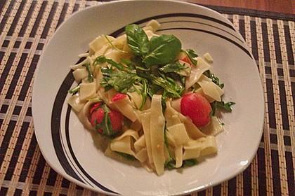Spaghetti mit Rucola und Cherrytomaten 3