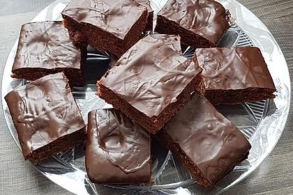 Kakao - Buttermilch - Blechkuchen mit Früchten 4