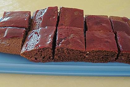 Kakao - Buttermilch - Blechkuchen mit Früchten 10