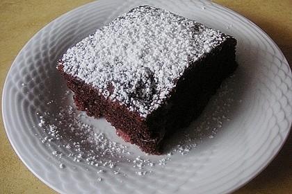 Kakao - Buttermilch - Blechkuchen mit Früchten 11
