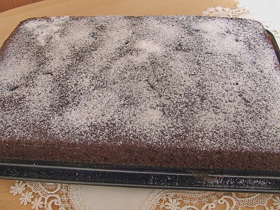 Kakao Buttermilch Blechkuchen Mit Fruchten Von Kamischa