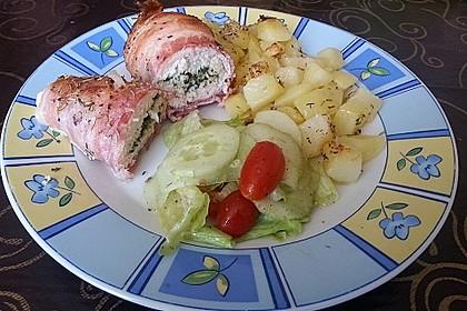 Hähnchenfilet in Bacon mit Kräuter - Limetten - Füllung