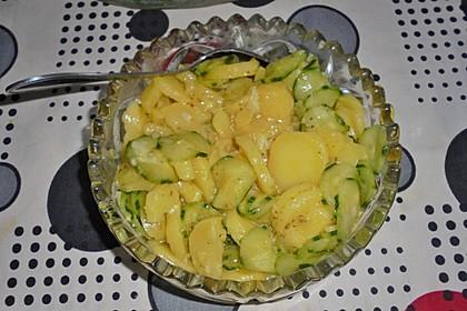 Kartoffel - Gurkensalat nach Oma Luise 5