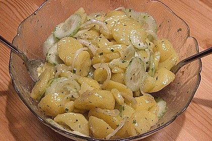 Kartoffel - Gurkensalat nach Oma Luise 32