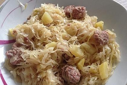 Bratwurst-Sauerkraut-Pfanne 1