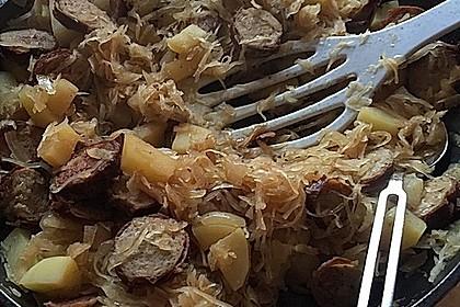 Bratwurst-Sauerkraut-Pfanne 13