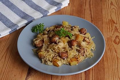 Bratwurst-Sauerkraut-Pfanne
