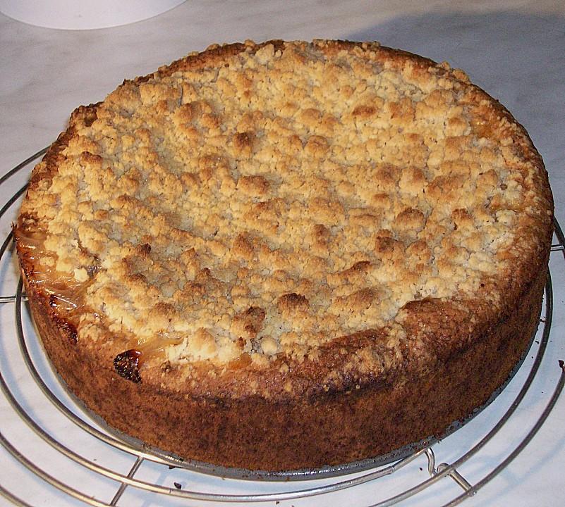 Apfel Wein Kuchen Mit Vanillepudding Und Streuseln Von