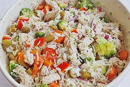 Reissalat mit Hähnchenfleisch und Brokkoli 2