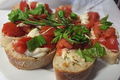 Tomatencrostini mit Büffelmozzarella 1