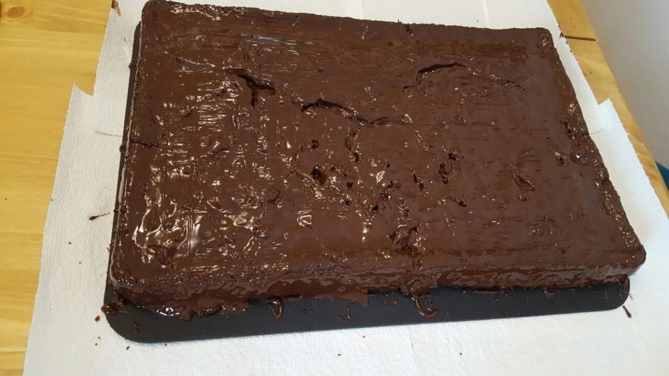 Schoko Kirsch Kuchen Von Moonfairy Chefkoch De