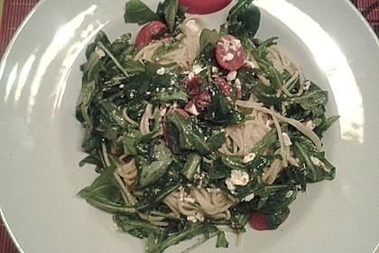 Scharfe Spaghetti mit Rucola, Tomate und Parmesan 6