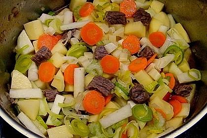 Deftige Kartoffelsuppe mit Klünkerle und Fleisch 2