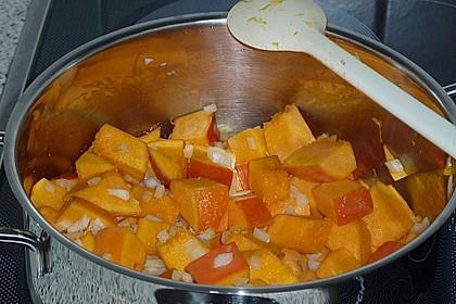 Kürbissuppe mit Krümel - Hack und Buttergemüse 8