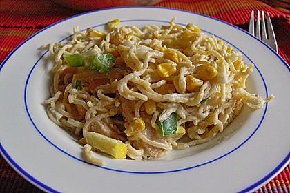 Nudelsalat mit Hähnchenbrustfilet - Streifen 2