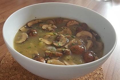 Wiener Kartoffelsuppe mit Pilzen 11
