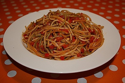 Paprika - Walnussspaghetti (Bild)