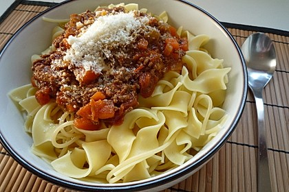 Sauce Bolognese 11