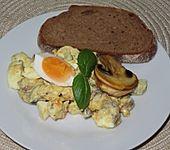Dreisines Eiersalat mit Mais (Bild)