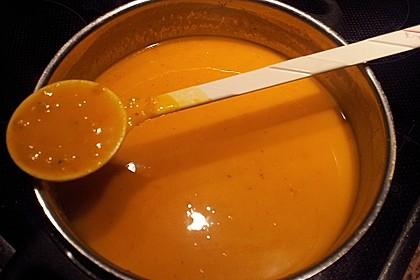 Kürbis - Kokos - Suppe mit roten Linsen 26