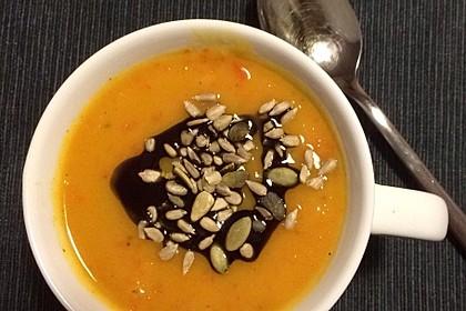 Kürbis - Kokos - Suppe mit roten Linsen 5