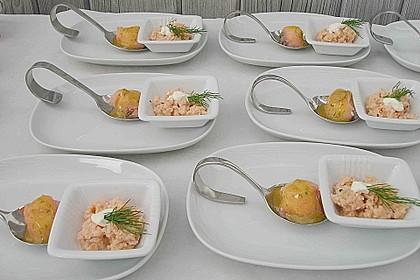 Lachspralinen mit Honig - Dill - Sauce 7