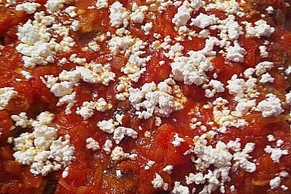 Hackfleischbällchen mit Schafskäse in Tomatensauce 76
