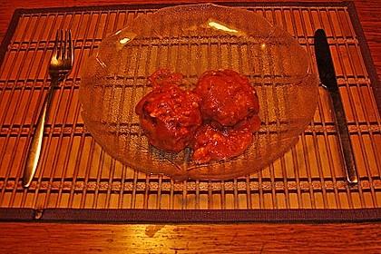 Hackfleischbällchen mit Schafskäse in Tomatensauce 64