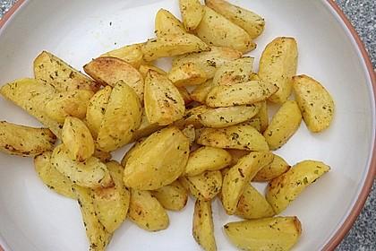 Fettarme Kartoffelspalten aus dem Ofen 14