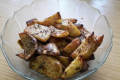 Fettarme Kartoffelspalten aus dem Ofen 22