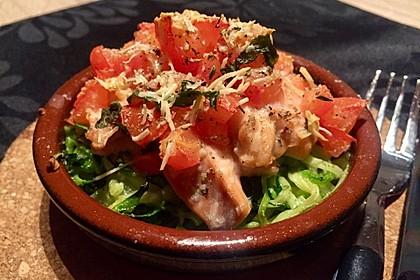 Wildlachs mit Tomatenkruste auf Zucchinibett 1