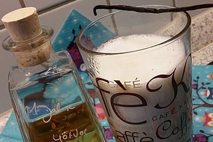 Warme Milch mit Vanille und Whisky 1