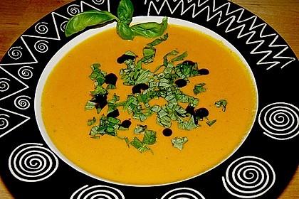 Kürbis-Möhren Suppe 4