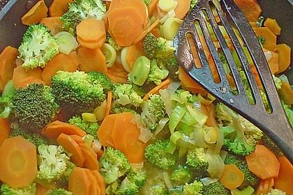 Jockels Vier - Gemüsepfanne mit Hähnchen 1