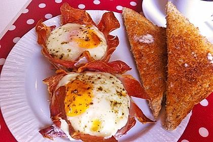 Frühstücksei im Schinkenmantel 8