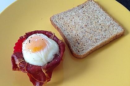 Frühstücksei im Schinkenmantel 15