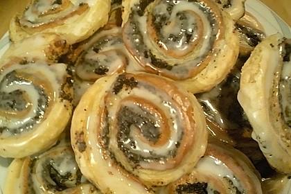 Blätterteig - Mohnschnecken mit Marzipan 1