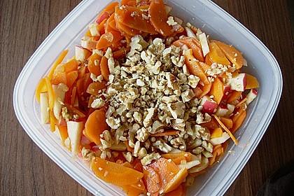Möhren - Apfel - Salat mit Orangendressing und Walnüsse 4