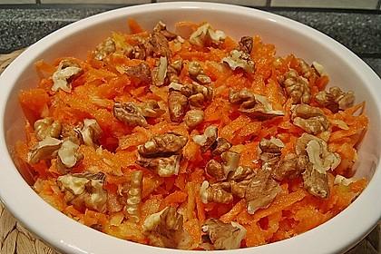 Möhren - Apfel - Salat mit Orangendressing und Walnüsse 3