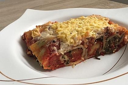 Cannelloni mit Ricotta und Spinat (Bild)