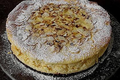 Mandelsahnequarkkuchen