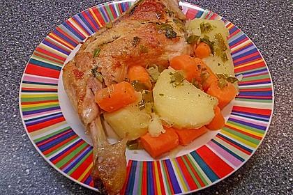 Geschmorte Hähnchenschenkel in Weißwein mit Karotten - Kartoffelgemüse 3