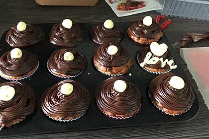 Extra White Chocolate Muffins 18